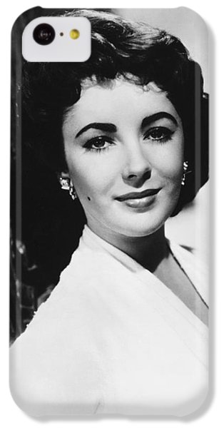 Elizabeth Taylor iPhone 5c Case - Actress Elizabeth Taylor by Underwood Archives