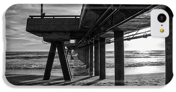 An Evening At Venice Beach Pier IPhone 5c Case by Ana V Ramirez
