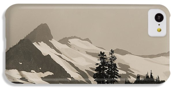 IPhone 5c Case featuring the photograph Fog In Mountains by Yulia Kazansky