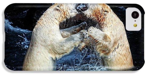 Polar Bear iPhone 5c Case - Battle & Kisses .... by Antje Wenner-braun
