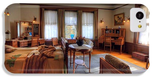 Bedroom Glensheen Mansion Duluth IPhone 5c Case by Amanda Stadther