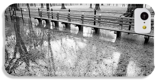 IPhone 5c Case featuring the photograph Benches Reflection Poets Walk by Dave Beckerman