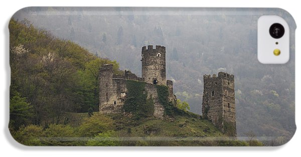 Castle In The Mountains. IPhone 5c Case