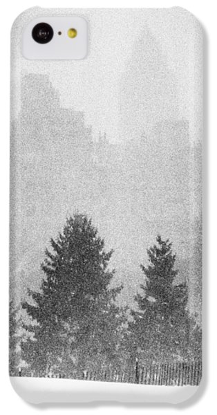 IPhone 5c Case featuring the photograph Cedar Hill Snow Shapes by Dave Beckerman