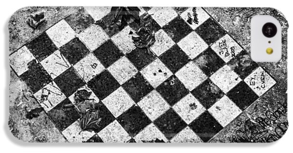 IPhone 5c Case featuring the photograph Chess Table In Rain by Dave Beckerman