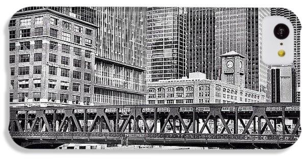 Architecture iPhone 5c Case - Wells Street Bridge Chicago Hdr Photo by Paul Velgos
