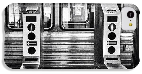 City iPhone 5c Case - Chicago L Train Gate In Black And White by Paul Velgos