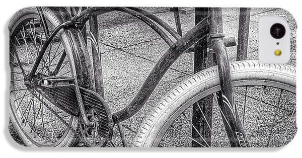 City iPhone 5c Case - Locked Bike In Downtown Chicago by Paul Velgos
