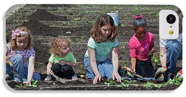 Children At Work In A Community Garden IPhone 5c Case by Jim West