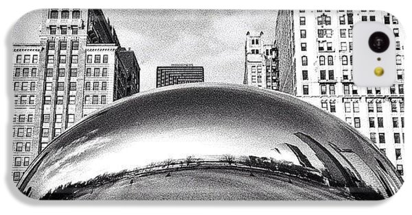 Architecture iPhone 5c Case - Chicago Bean Cloud Gate Photo by Paul Velgos