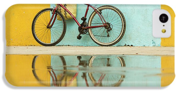 Bicycle iPhone 5c Case - Cuba, Trinidad Bicycle And Reflection by Brenda Tharp