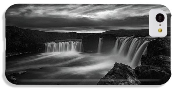 Flow iPhone 5c Case - Dramatic Godafoss by Saskia Dingemans