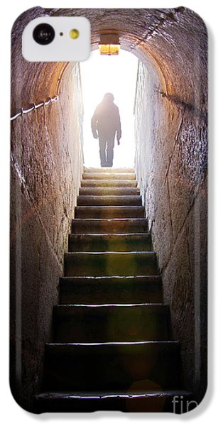 Dungeon iPhone 5c Case - Dungeon Exit by Carlos Caetano