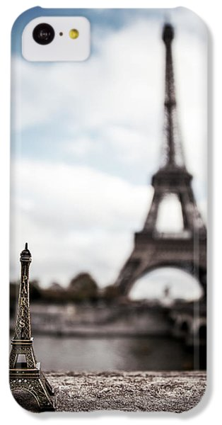 Eiffel Trinket IPhone 5c Case by Ryan Wyckoff