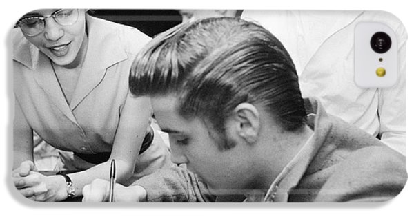 Elvis Presley Meeting Fans 1956 IPhone 5c Case
