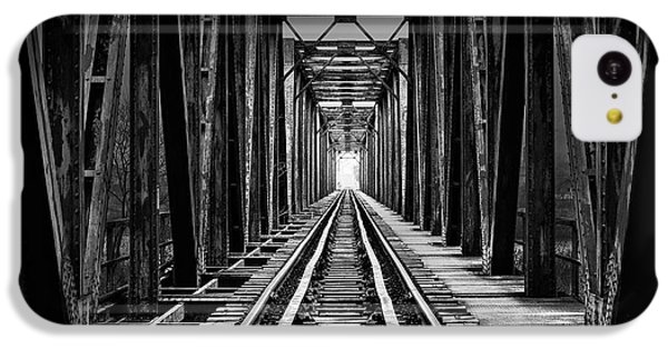 Train iPhone 5c Case - Emptiness by Catalin Alexandru