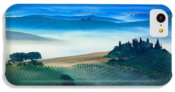 Fog In Tuscan Valley IPhone 5c Case by Inge Johnsson