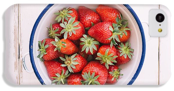 Fruit Bowl iPhone 5c Case - Fresh Strawberries  by Viktor Pravdica