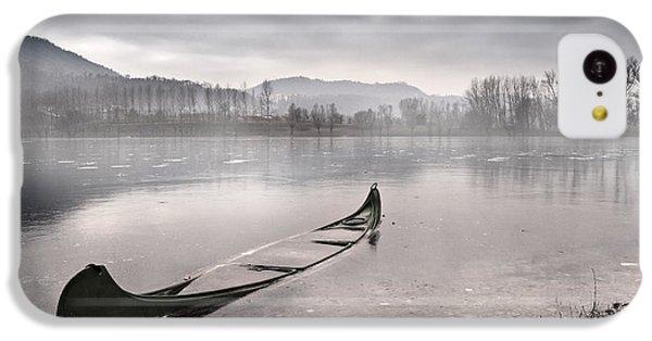 Boat iPhone 5c Case - Frozen Day by Yuri Santin
