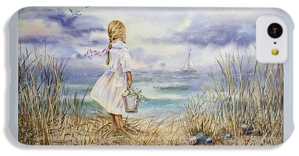 Girl At The Ocean IPhone 5c Case by Irina Sztukowski
