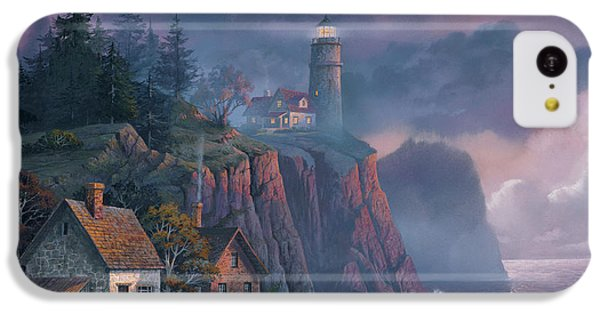 iPhone 5c Case - Harbor Light Hideaway by Michael Humphries