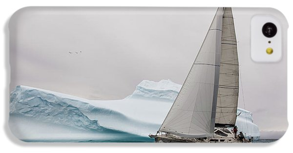 Navigation iPhone 5c Case - Iced by Simon Delvoye