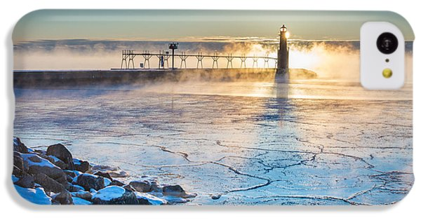 Icy Morning Mist IPhone 5c Case by Bill Pevlor