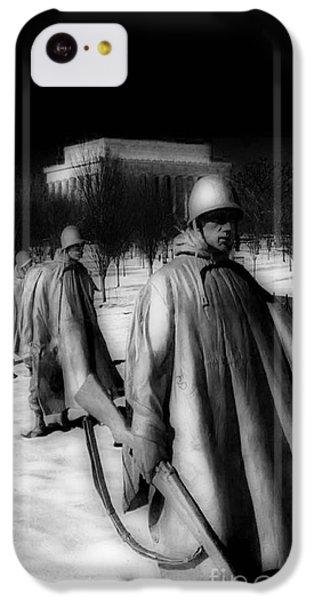Whitehouse iPhone 5c Case - Korean Memorial by Skip Willits