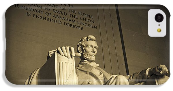 Lincoln Memorial iPhone 5c Case - Lincoln Statue In The Lincoln Memorial by Diane Diederich