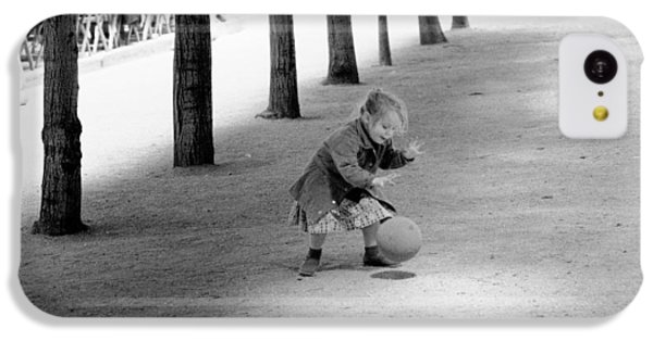Little Girl With Ball Paris IPhone 5c Case by Dave Beckerman