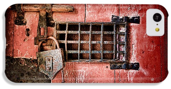 Dungeon iPhone 5c Case - Locked Up by Olivier Le Queinec