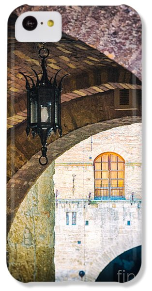 IPhone 5c Case featuring the photograph Medieval Arches With Lamp by Silvia Ganora
