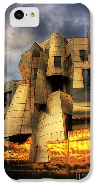 Minneapolis Skyline Photography Weisman Museum IPhone 5c Case by Wayne Moran