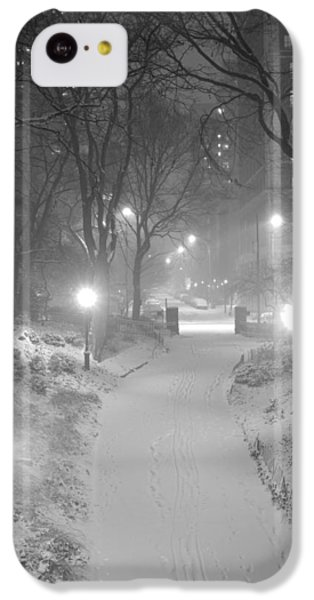 IPhone 5c Case featuring the photograph Night Storm New York by Dave Beckerman