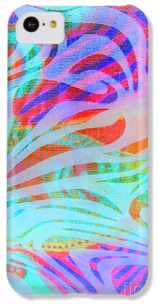 IPhone 5c Case featuring the photograph Pacific Daydream by Nareeta Martin