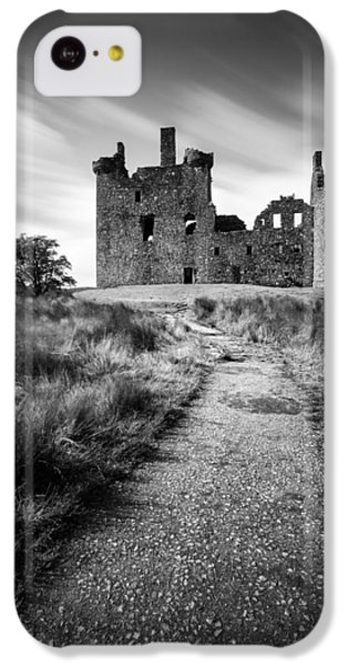 Castle iPhone 5c Case - Path To Kilchurn Castle by Dave Bowman