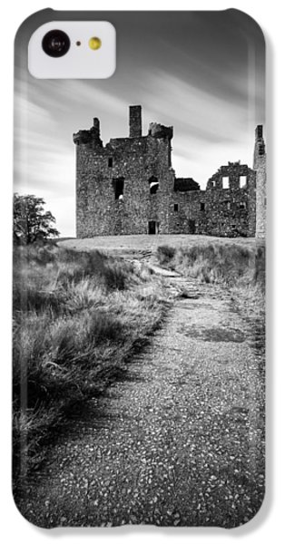 Path To Kilchurn Castle IPhone 5c Case by Dave Bowman