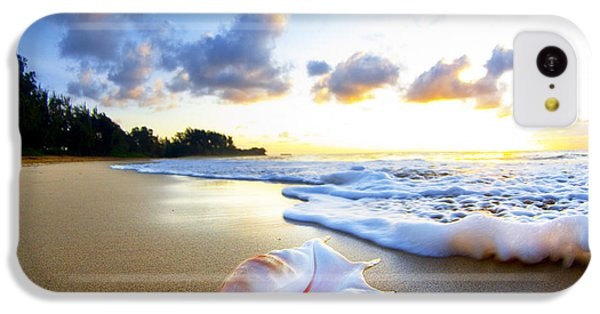 Beach iPhone 5c Case - Peaches N' Cream by Sean Davey