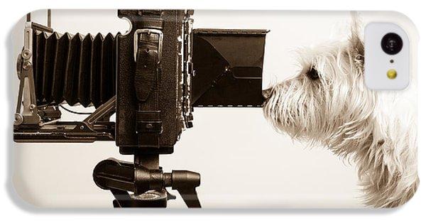 Dog iPhone 5c Case - Pho Dog Grapher by Edward Fielding