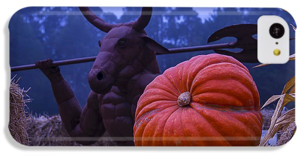 Minotaur iPhone 5c Case - Pumpkin And Minotaur by Garry Gay