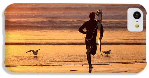 IPhone 5c Case featuring the photograph Running To Surf by Nathan Rupert