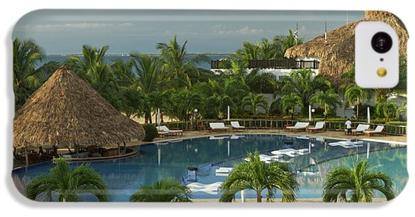 Belize iPhone 5c Case - Saltwater Pool At Resort Hotel by William Sutton
