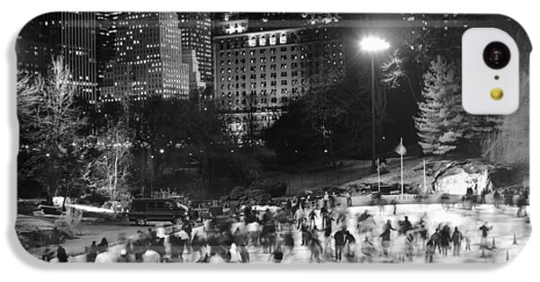 IPhone 5c Case featuring the photograph New York City - Skating Rink - Monochrome by Dave Beckerman