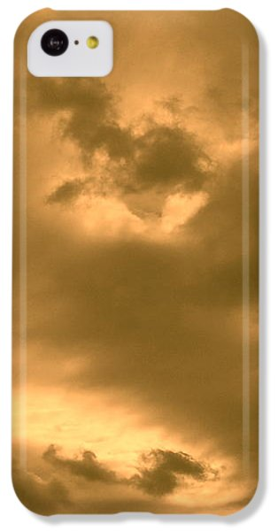 iPhone 5c Case - Strange Atmosphere by Orphelia Aristal