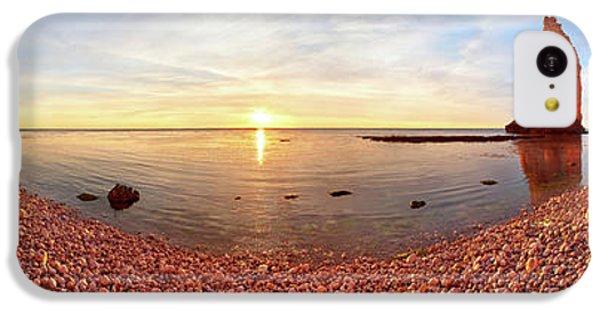Beach Sunset iPhone 5c Case - Sunset In A?tretat by Valeriy Shcherbina