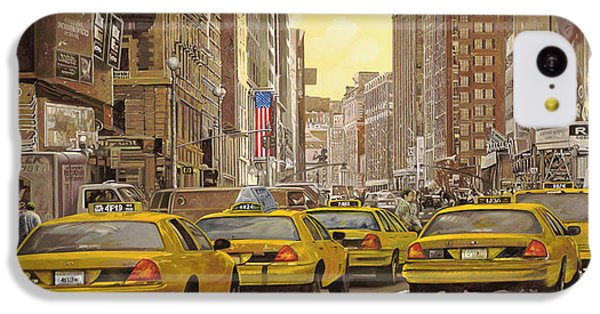 City Scenes iPhone 5c Case - taxi a New York by Guido Borelli