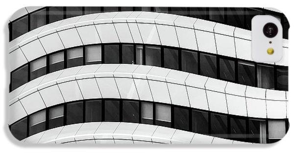 Flow iPhone 5c Case - The Wave by Luc Vangindertael (lagrange)