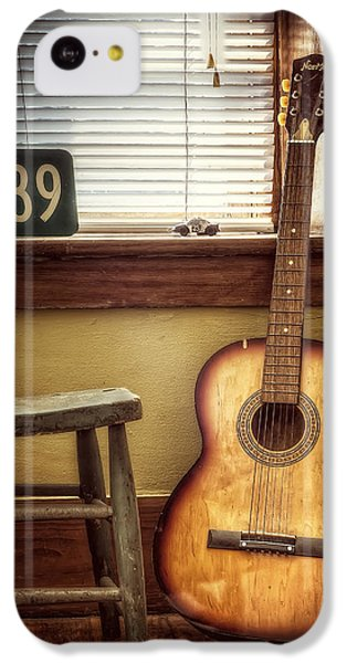 Guitar iPhone 5c Case - This Old Guitar by Scott Norris