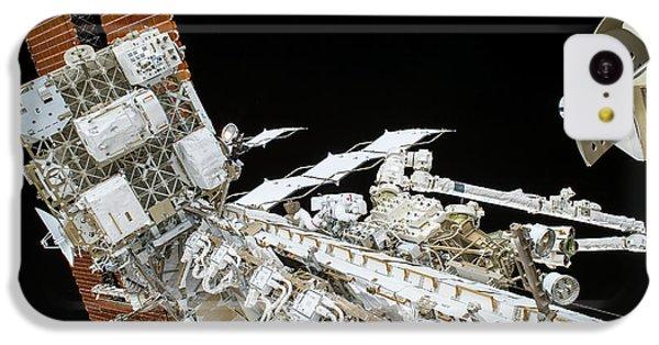 Emu iPhone 5c Case - Tim Kopra's Spacewalk by Nasa