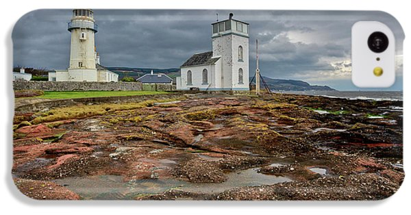 Toward Lighthouse  IPhone 5c Case by Gary Eason